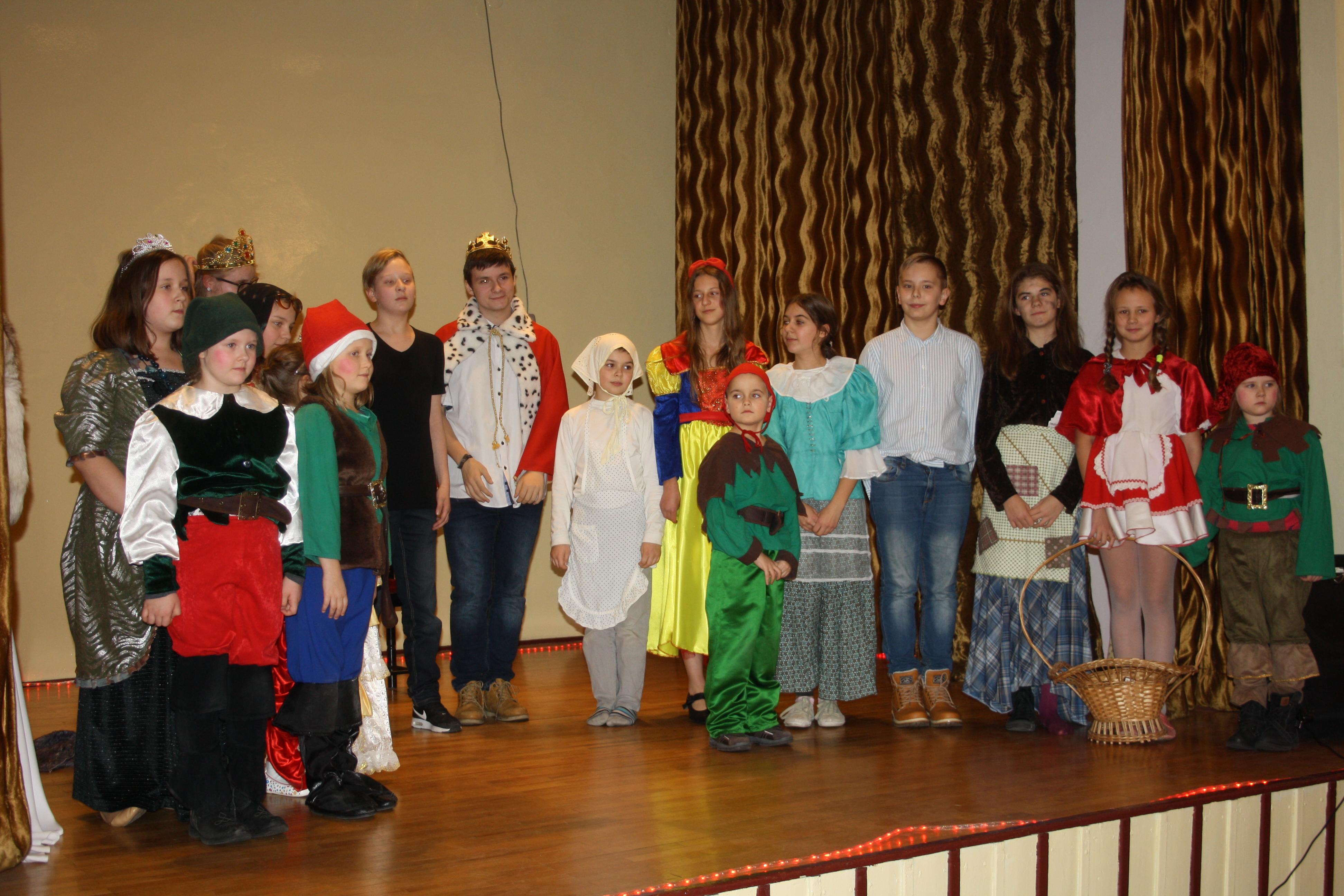 Uroczystość wręczania stypendiów dla najlepszych uczniów szkół ponadgimnazjalnych i studentów z terenu Powiatu Będzińskiego